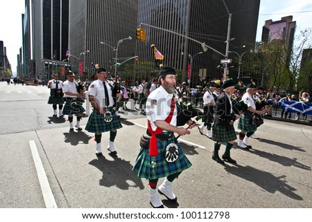 NEW YORK - APRIL 14:  Musicians dressed in full Scottish Regalia walk The Scotland Week Parade on 6th Avenue April 14, 2011 in New York, NY.