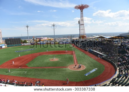 NEW YORK CITY - AUGUST 2 2015: the Brooklyn Cyclones hosted the Batavia Muckdogs at MCU stadium in Coney Island. Wide view of MCU stadium facing the Atlantic