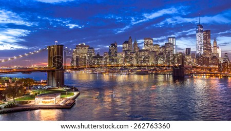 New York City Brooklyn Bridge evening Manhattan skyline