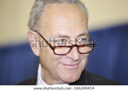 NEW YORK CITY - MARCH 31 2015: mayor de Blasio & senator Charles Schumer held a press conference with Brooklyn elected officials to announce a 3 billion dollar FEMA grant to the NYCHA. Charles Schumer - stock photo