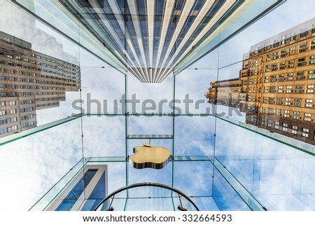 NEW YORK CITY - OCTOBER 14, 2015: Apple won numerous architectural awards for store design, particularly for this store on 5th Ave, Midtown, whose glass cube was designed by Bohlin Cywinski Jackson