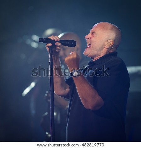 NEW YORK CITY, UNITED STATES - AUGUST 30 : Phil Collins performs at the 2016 US Open Grand Slam tennis tournament opening ceremony
