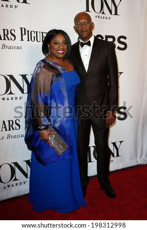 NEW YORK-JUNE 8: Actress LaTanya Richardson (L) and husband Samuel L. Jackson attend American Theatre Wing's 68th Annual Tony Awards at Radio City Music Hall on June 8, 2014 in New York City. - stock photo