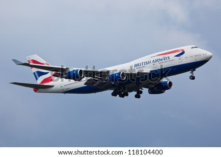 NEW YORK - MARCH 20: Boeing 747 British Airways climbs after take off from JFK in New York, USA on March 20, 2012. British Airways is one of the oldest airlines and rated top 3 biggest in Europe - stock photo