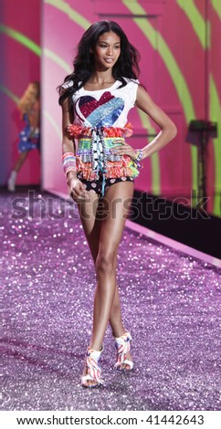 NEW YORK - NOVEMBER 19: Victoria's Secret Fashion Show model Chanel Iman on November 19, 2009 at the Lexington Armory in New York City.
