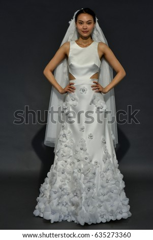 Rolf stock images royalty free images vectors shutterstock - Pose photo mariage ...