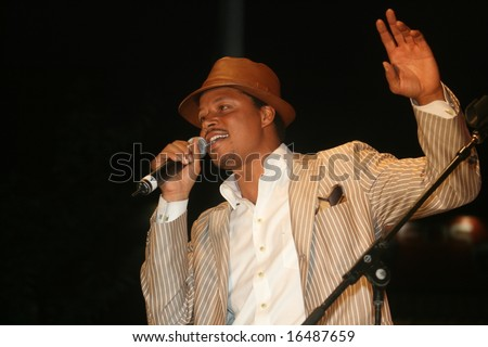 NEW YORK, NY, August 21, 2008 Terrence Howard performs at J&R Music and Computer World MusicFest in New York City.