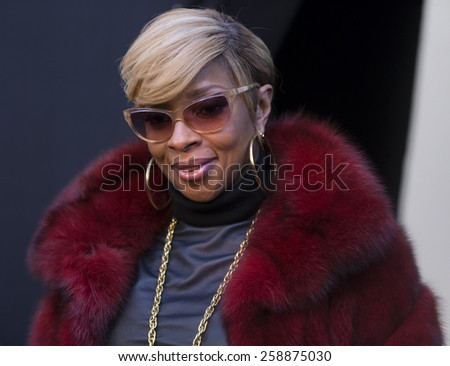 New York, NY - February 16, 2015: Mary J. Blige poses backstage for collection by Dennis Basso during Fall 2015 Fashion Week at Lincoln Center