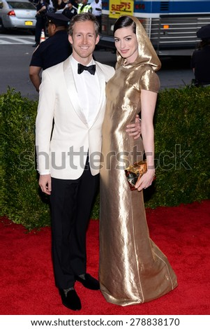 New York, NY  Monday May 04, 2015: Adam Shulman and Anne Hathaway attend 'China: Through The Looking Glass' Costume Institute Gala, held at the Metropolitan Museum of Art in New York City, New York. - stock photo