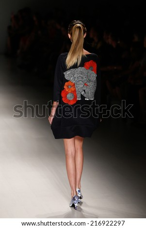 NEW YORK-SEP 8: A model walks the runway at the OUDIFU fashion show during Mercedes-Benz Fashion Week Spring/Summer 2015 at The Salon at Lincoln Center on September 8, 2014 in New York City.