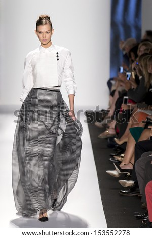 NEW YORK - SEPTEMBER 09: Karlie Kloss is walking the runaway at Carolina Herrera Collection for Spring/Summer 2014 fashion show during Mercedes-Benz Fashion Week on SEPTMEBR 09, 2013 in New York - stock photo