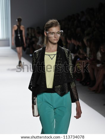 NEW YORK - SEPTEMBER 12: Model walks the runway for Milly Collection by Michelle Smith during Spring/Summer 2013 at Mercedes-Benz Fashion Week on September 12, 2012 in New York