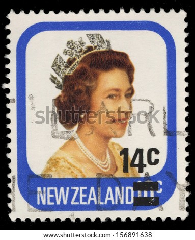 NEW ZEALAND - CIRCA 1975: A stamp printed in New Zealand showing queen Elizabeth II, circa 1975 - stock photo