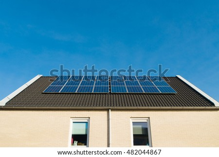 newly build houses with solar panels in the netherlands