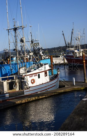 Boats marina oregon stock photos images pictures for Newport oregon fishing