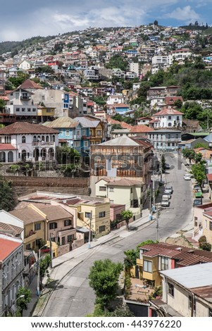 Nice view of the main road and houses Valparaiso