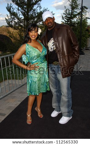 "Niecy Nash and husband Don at Samsung and Sprint ""The Upstage"" Country Club. Private Location, Beverly Hills, CA. 04-15-07"