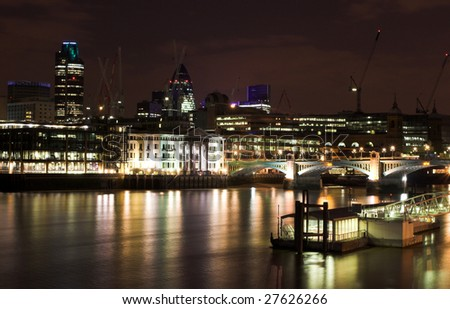 Night shot over the city of London