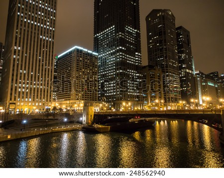 night view of Chicago River in Chicago, Illinois, USA