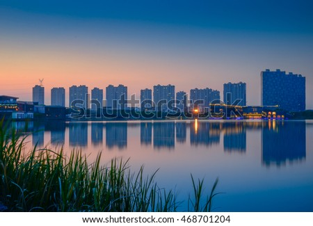 Night view of Lake Lotus Lake in Jiangsu, Jiangyin