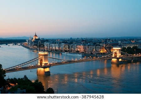 Night view of Szachenyi Chain Bridge over the Danube River in Budapest.