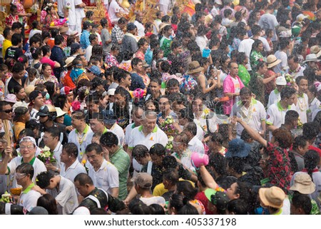 NONGKHAI THAILAND APRIL 13: Songkran Festival, The people pour water and join a parade of the statue of Luang Pho Phra Sai with respect to faith on April 13, 2016 in Nongkhai Thailand.
