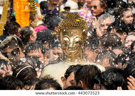 NONGKHAI THAILAND APRIL 13: Songkran Festival, The people pour water and joined parade of the statue of Luang Pho Phra Sai with respect to faith on April 13, 2016 in Nongkhai Thailand.