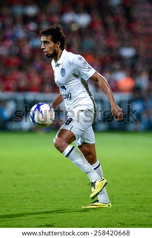 NONTHABURI THAI-FEB 21:Diogo Luis Santo of Buriram Utd.in action during Thai Premier League 2015 between SCG Muangthong UTD. and Buriram UTD.at SCG Stadium on February 21,2015 in,Thailand - stock photo