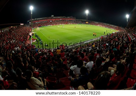 NONTHABURI THAILAND-APRIL17:Crowd of people in SCG Stadium  during Thai Premier League between  MuangThong United.and Buriram United at SCG Stadium on April 17, 2013,Thailand