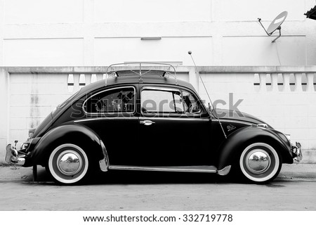 Nonthaburi, Thailand - August 28, 2015: Volkswagen turtle vintage style. With a classic shape that is unique to Volkswagen are also popular, Nonthaburi, Thailand - stock photo