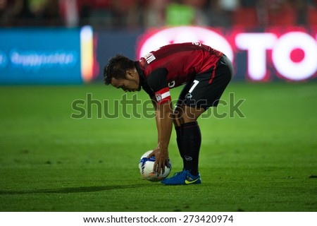 NONTHABURI THAILAND-FEBRUARY 21:	Datsakorn Thonglao of Muangthong utd. in action during Thai Premier League between Muangthong Utd.and Buriram United at SCG Stadium on Feb 21, 2015,Thailand - stock photo
