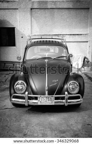 Nonthaburi, Thailand - November 28, 2015: Volkswagen VW beatle in vintage style.  - stock photo