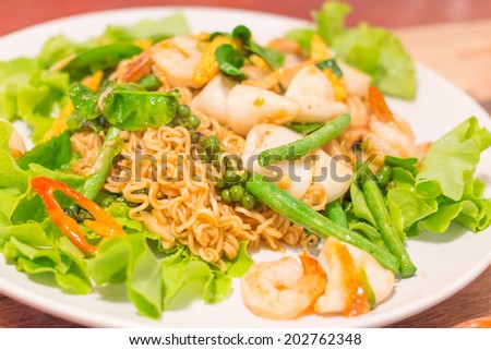 Noodle spicy Stir Fried with Seafood