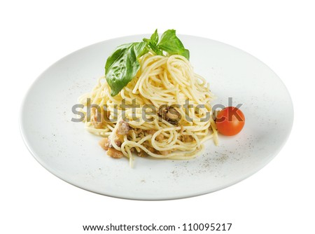 noodles tagliolini with seafood .closeup