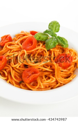 noodles with tomato
