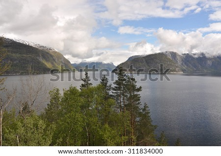 Norwegian nature / There are mountains plunging into the sea from hundreds of metres, fjords, tall mountain peaks, northern lights and midnight sun.