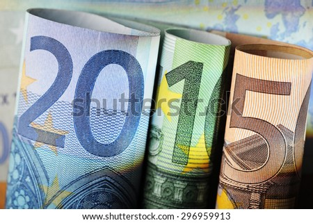 Number 2015 made of 20 euro, 100 euro and 50 euro bills.