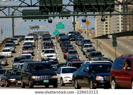 NYC - September 18, 2005:  Bumper-to-bumper traffic fills the southbound lanes of the Miller Highway (Route 9) on the west side of Manhattan