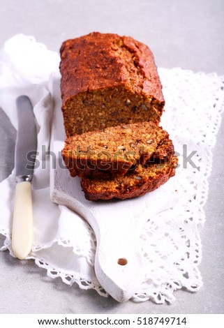 Oat whole wheat pumpkin loaf with nuts