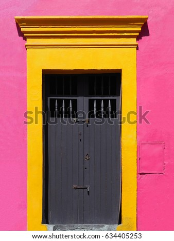 OAXACA MEXICO - Bright colonial door with railings. & Oaxaca Mexico Bright Colonial Door Railings Stock Photo 634405253 ...