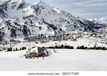 OBERTAUERN, AUSTRIA - JANUARY 27, 2016: The ski resort Obertauern in Austria welcomes skiers on a sunny winter day.