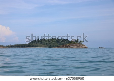 Ocean with island background