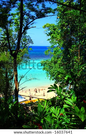 Ocho R?os is a town on the northern coast of Jamaica, located in the parish of Saint Ann. It is a popular tourist destination, well known for scuba diving and other water sports
