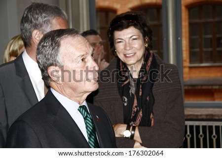OCTOBER 5, 2008 - BERLIN: Michael Bloomberg with his partner Diana Taylor during the visit of the mayor of New York in the Berlin City Hall. - stock photo