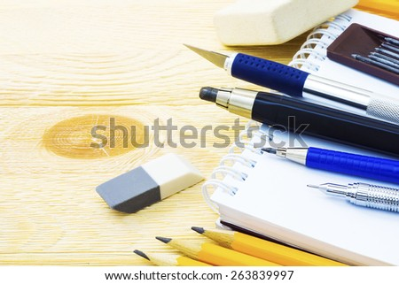 Office pieces, writing instruments