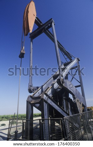 Oil well in the Central Valley, CA