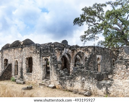 old ancient mosque ruins at Kilwa Kisivani