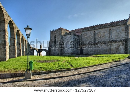 Old aqueduct & Santa Clara's Monastery in Vila do Conde