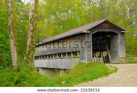 Historic Red Hune Covered Bridge Built 库存照片 379476163