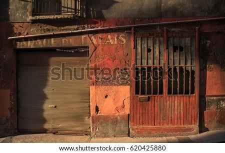 Vieux banque d images d images et d images vectorielles for Garage lyon 1